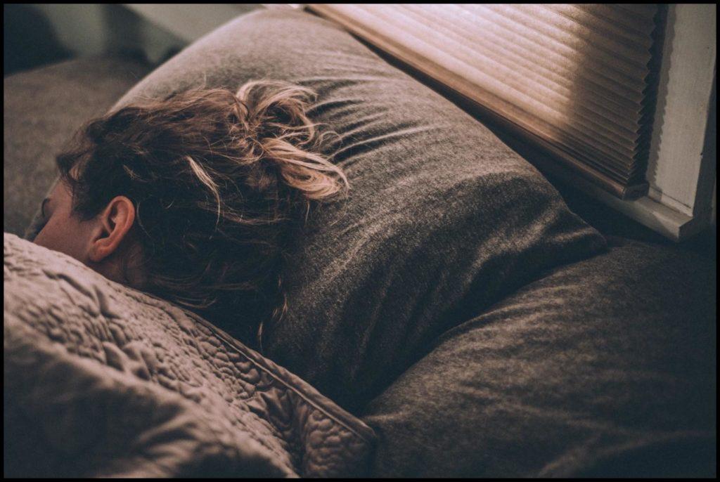 Ausreichend Schlaf in der ersten Nacht